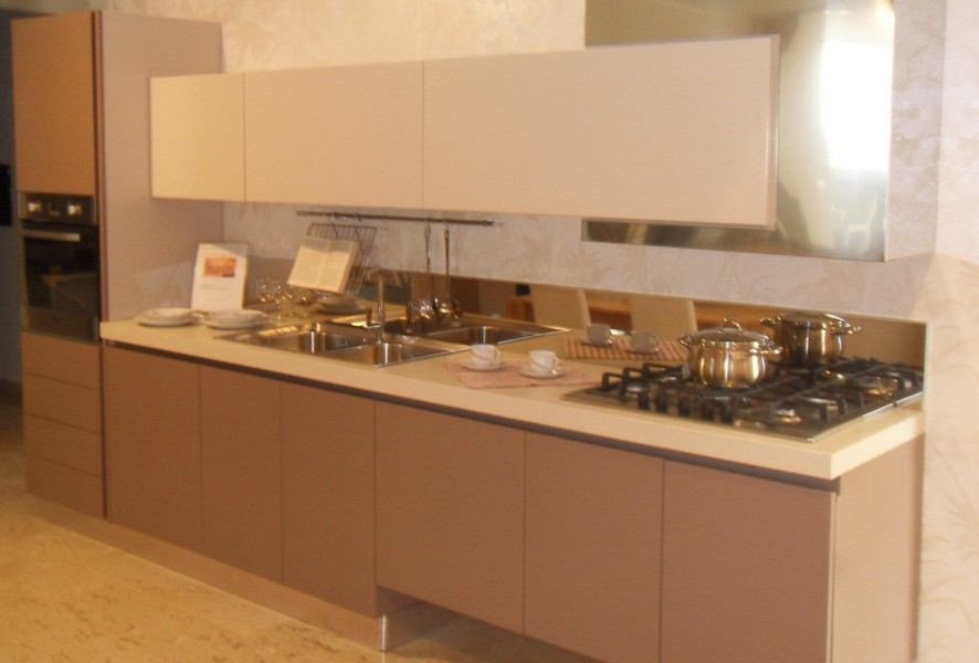 Visione in prospettiva di Ar Tre Cucine outlet - Luigi Fontana Arredamenti Lissone -