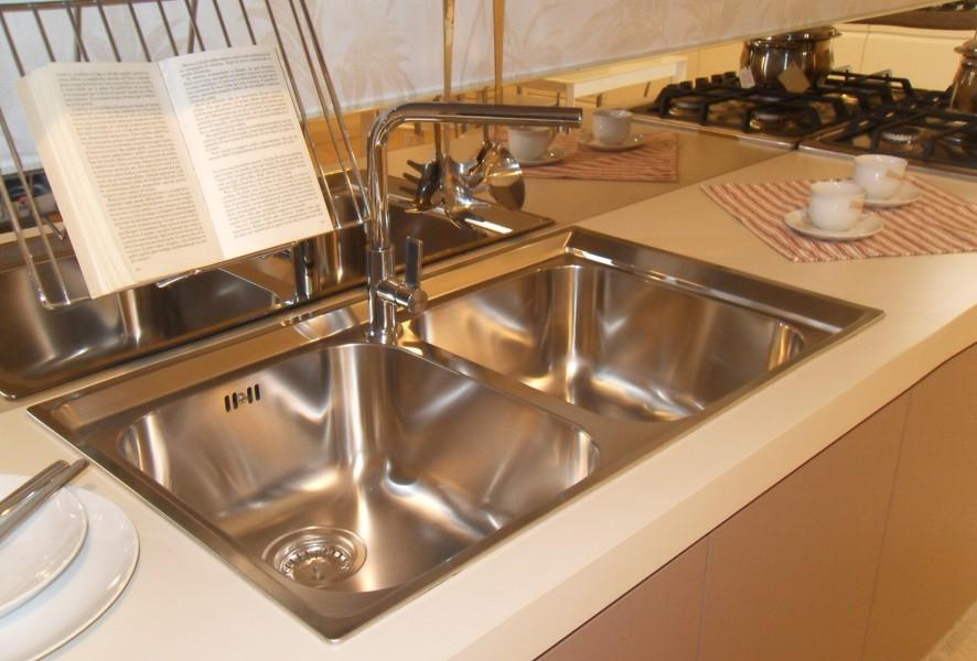 Lavello e miscelatore di Ar Tre Cucine outlet - Luigi Fontana Arredamenti Lissone -