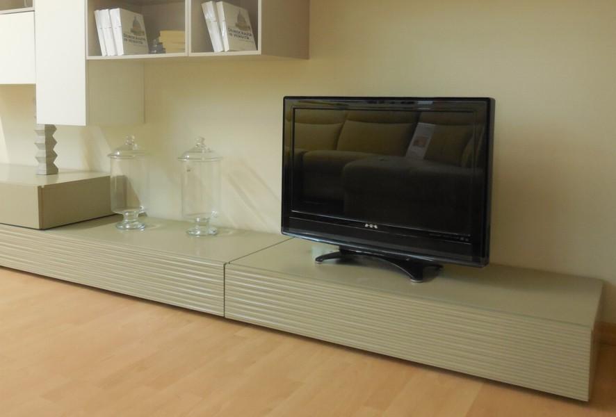 Zona tv del soggiorno moderno outlet Mood - Luigi Fontana Arredamenti Lissone -