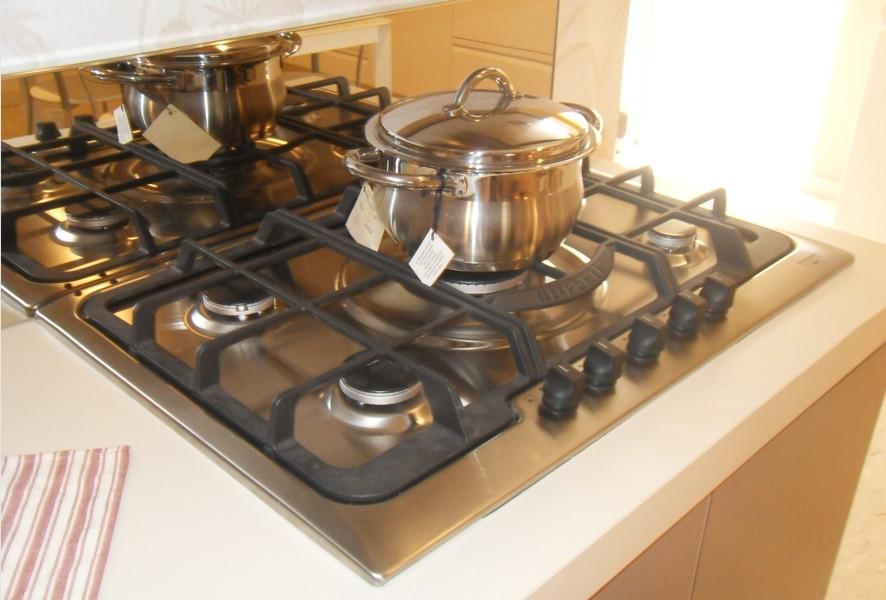Piano cottura di Ar Tre Cucine outlet - Luigi Fontana Arredamenti Lissone -